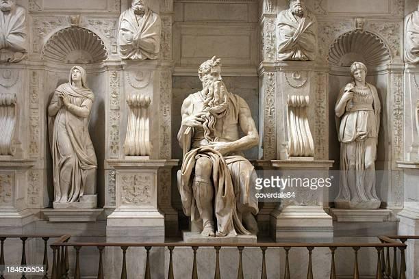 Statue de Moïse de Michel-Ange à Rome, en Italie