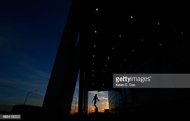 A statue of NBA Legend Dominique Wilkins is seen in front of Philips Arena prior to the game between the Atlanta Hawks and Cleveland Cavaliers on...