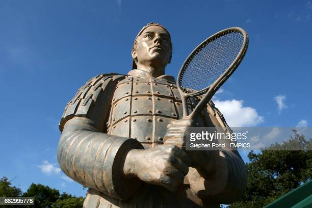A statue of Richard Gasquet dressed as a Terracotta Warrior at the new court 2