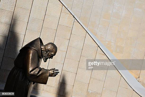 A statue of San Pio is pictured at San Giovanni Rotondo in the Puglia region in southern Italy on April 23 2008 on the eve of the public exhibition...