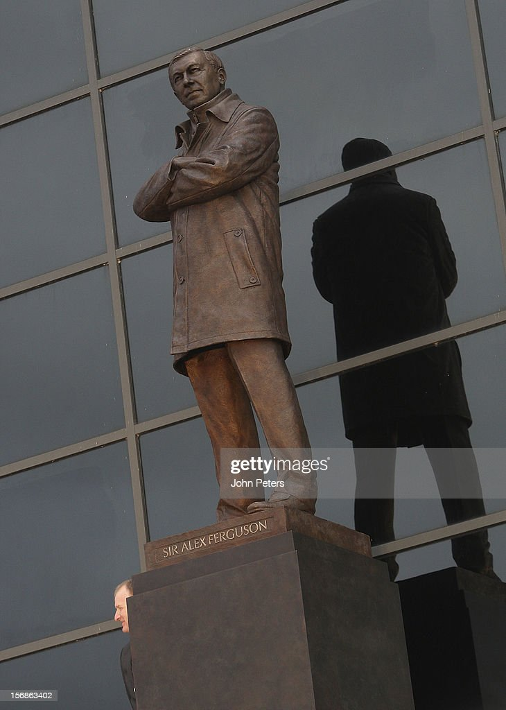 A statue of Sir <a gi-track='captionPersonalityLinkClicked' href=/galleries/search?phrase=Alex+Ferguson&family=editorial&specificpeople=203067 ng-click='$event.stopPropagation()'>Alex Ferguson</a> is unveiled of Manchester United at Old Trafford on November 23, 2012 in Manchester, England.
