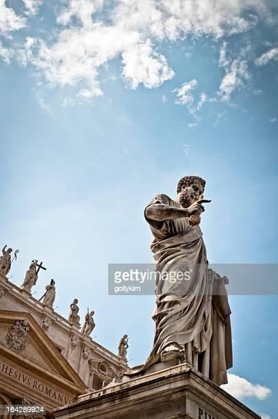 Statue of St Peter in Piazza San Pietro