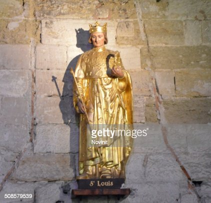 Statua di St Louis a Aigues-Mortes : Foto stock