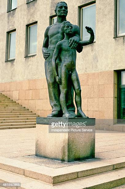 Statue titled Father and Son by Essi Rennval in Kotka Finland