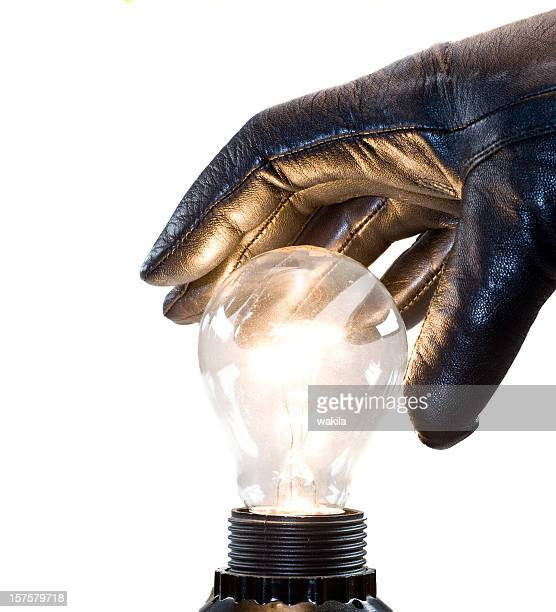 stealing the idea with black gloves and bulb - Ideenklau
