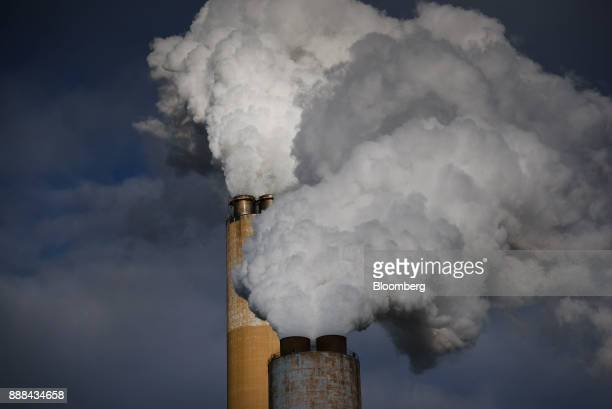 Steam billows out of the stacks at the FirstEnergy Corp Bruce Mansfield coalfired power plant in Shippingport Pennsylvania US on Wednesday Dec 6 2017...