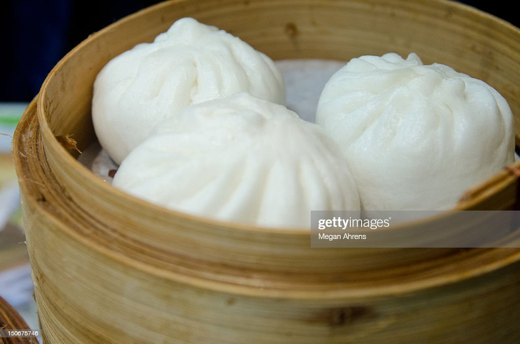 Steamed buns : Stock Photo