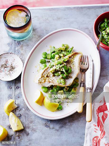 Steamed snapper fish with beans