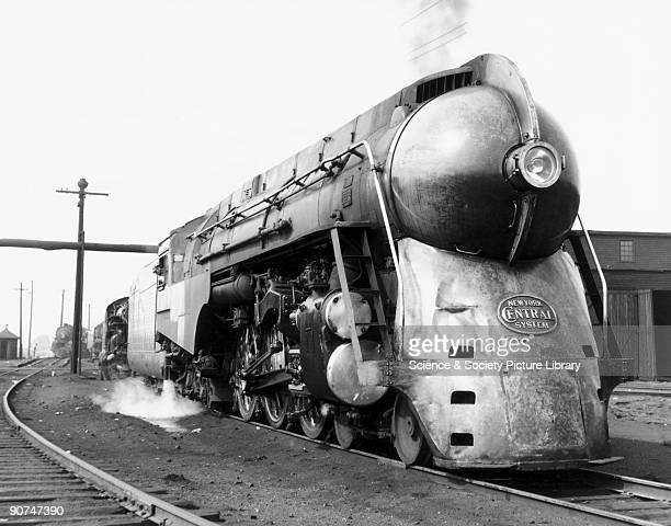 Streamlined Locomotives Stock Photos and Pictures | Getty ... Henry Dreyfuss Train