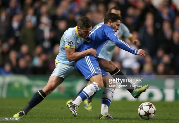 Steaua Bucharest's Alexandru Chipciu and Chelsea's Eden Hazard battle for the ball