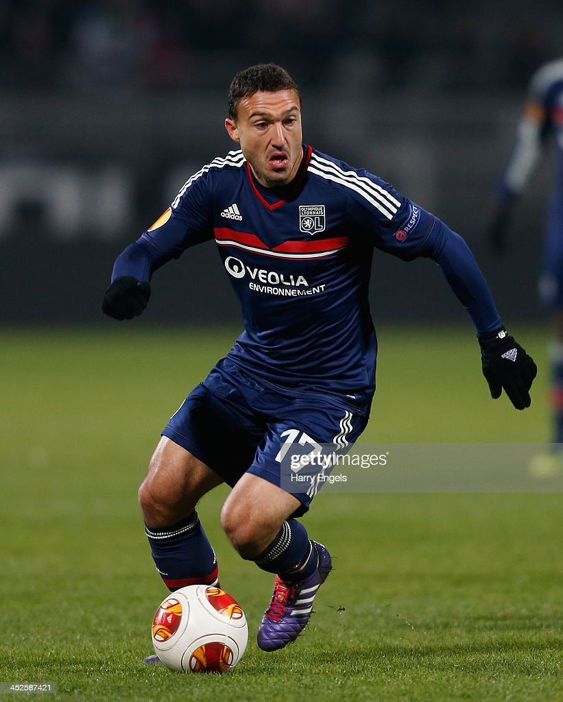 <a gi-track='captionPersonalityLinkClicked' href=/galleries/search?phrase=Steed+Malbranque&family=editorial&specificpeople=206647 ng-click='$event.stopPropagation()'>Steed Malbranque</a> of Olympique Lyonnais in action during the UEFA Europa League Group I match between Olympique Lyonnais and Real Betis Balompie at Stade de Gerland on November 28, 2013 in Lyon, France.