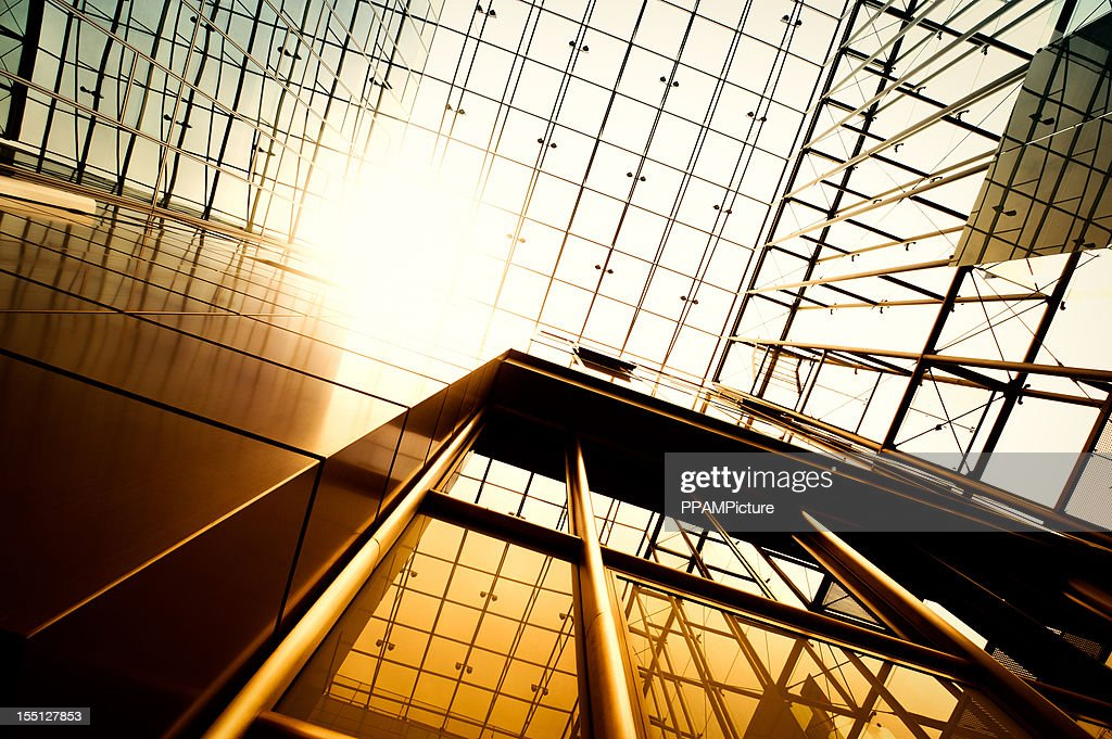 Stahl und Glas-Gebäude : Stock-Foto