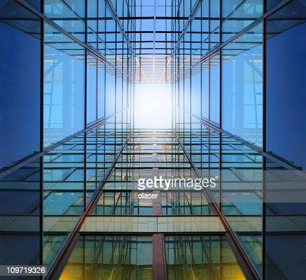 Acier et de verre finance building