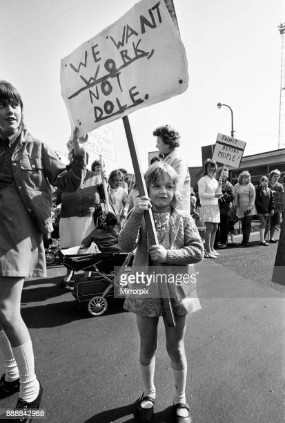 Steel works protest at Irlam Lancashire Five year old Colette Squires of Cardishead makes a picture that spells out a grim future for Irlam 4th June...