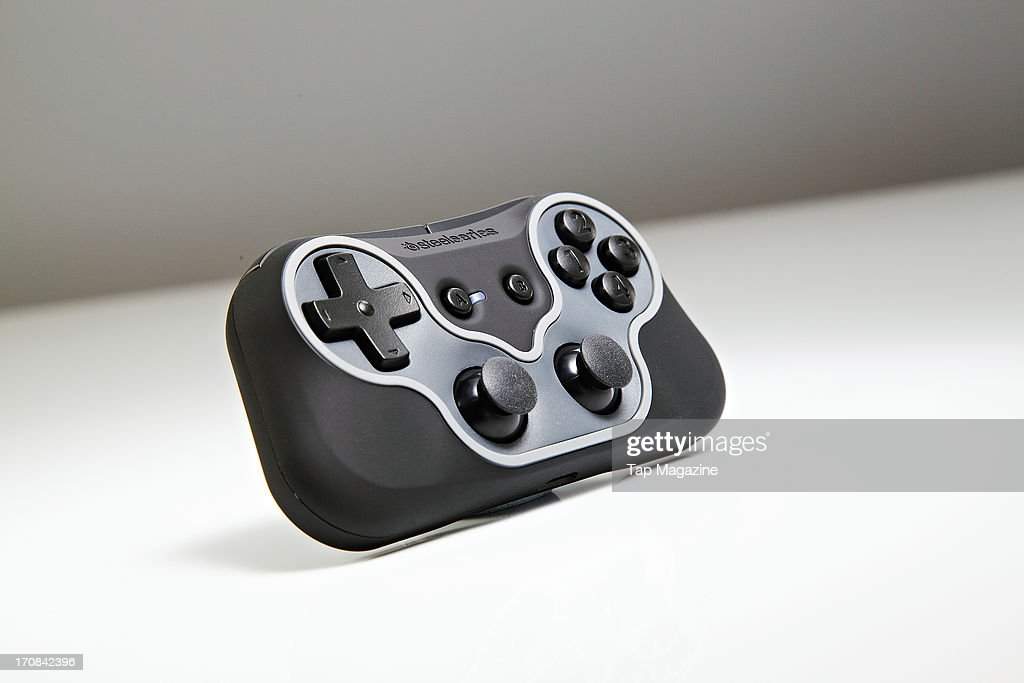 A SteelSeries Free game controller for iOS devices photographed during a studio shoot for Tap Magazine, November 29, 2012.