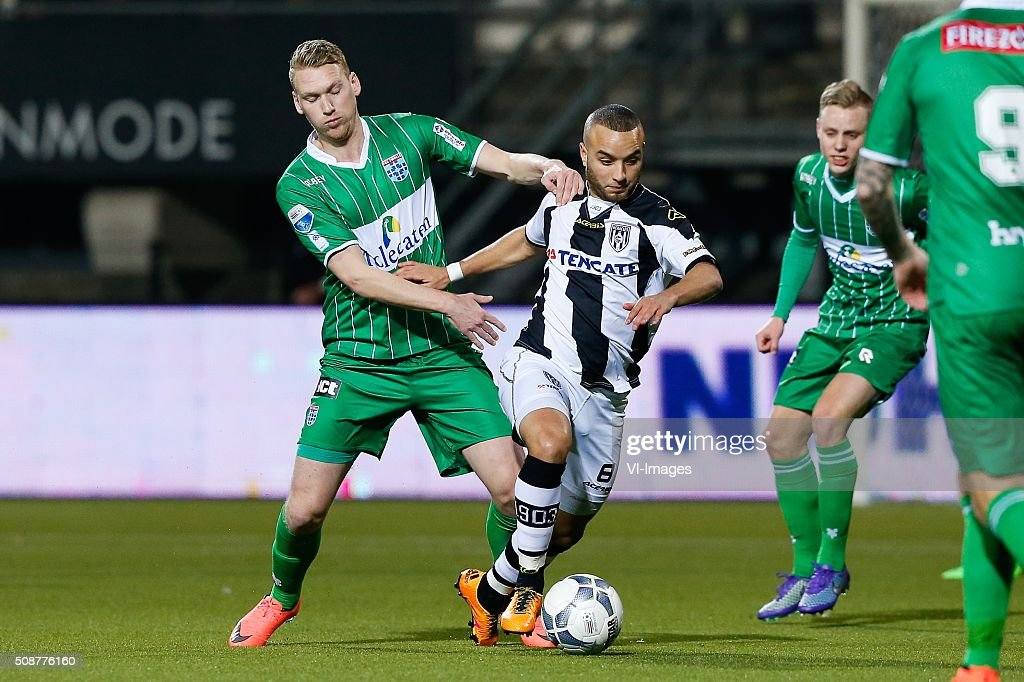 Stef Nijland of PEC Zwolle, Iliass Bel Hassani of Heracles Almelo during the Dutch Eredivisie match between Heracles Almelo and PEC Zwolle at Polman stadium on February 06, 2016 in Almelo, The Netherlands