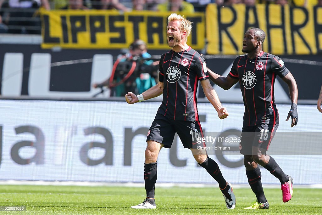 <a gi-track='captionPersonalityLinkClicked' href=/galleries/search?phrase=Stefan+Aigner&family=editorial&specificpeople=764034 ng-click='$event.stopPropagation()'>Stefan Aigner</a> of Frankfurt celebrates his team's first goal during the Bundesliga match between Eintracht Frankfurt and Borussia Dortmund at Commerzbank-Arena on May 07, 2016 in Frankfurt am Main.