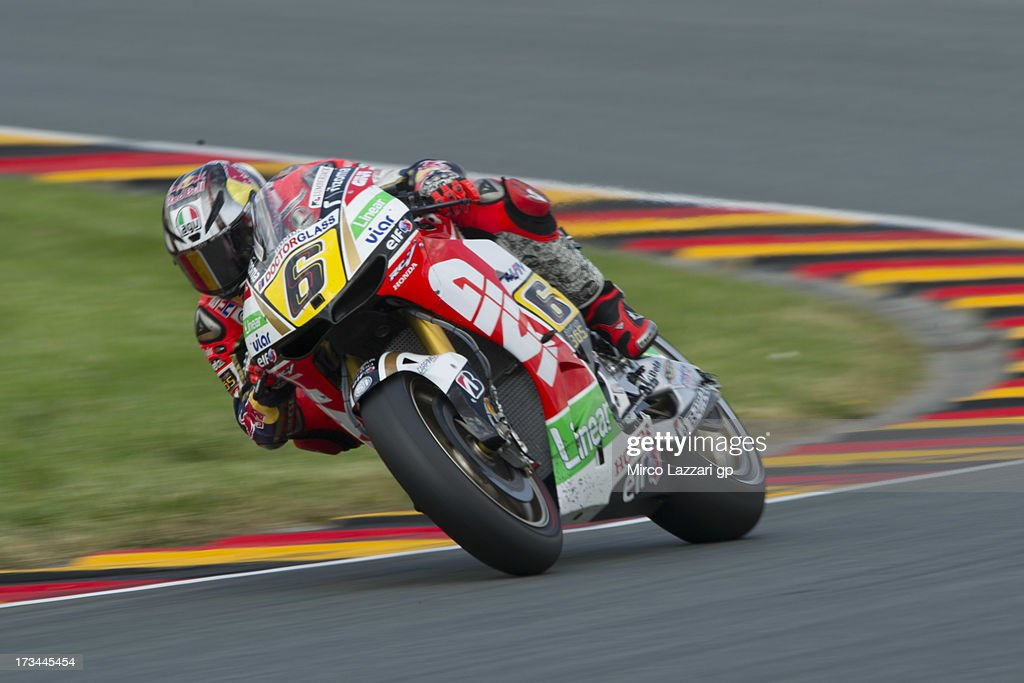 <a gi-track='captionPersonalityLinkClicked' href=/galleries/search?phrase=Stefan+Bradl&family=editorial&specificpeople=4956082 ng-click='$event.stopPropagation()'>Stefan Bradl</a> of Germany and LCR Honda MotoGP rounds the bend the MotoGP race during the MotoGp of Germany - Race at Sachsenring Circuit on July 14, 2013 in Hohenstein-Ernstthal, Germany.