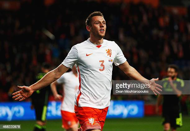 Stefan de Vrij of Netherlands celebrates scoring the opening goal during the international friendly match between the Netherlands and Spain held at...