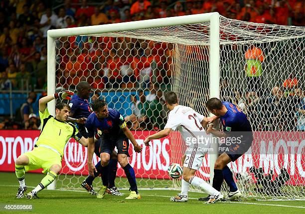 Stefan de Vrij of the Netherlands scores a goal during the 2014 FIFA World Cup Brazil Group B match between Spain and Netherlands at Arena Fonte Nova...