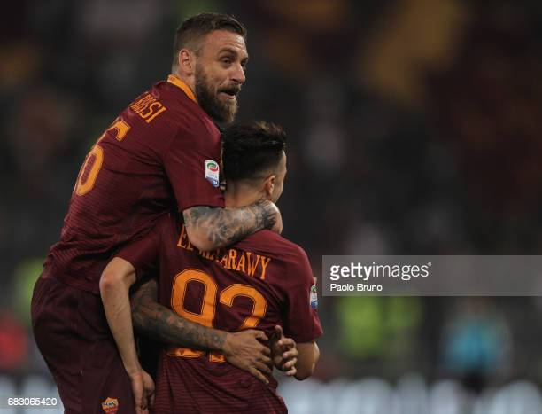 Stefan El Shaarawy with his teammates of AS Roma celebrates after scoring the team's second goal during the Serie A match between AS Roma and...