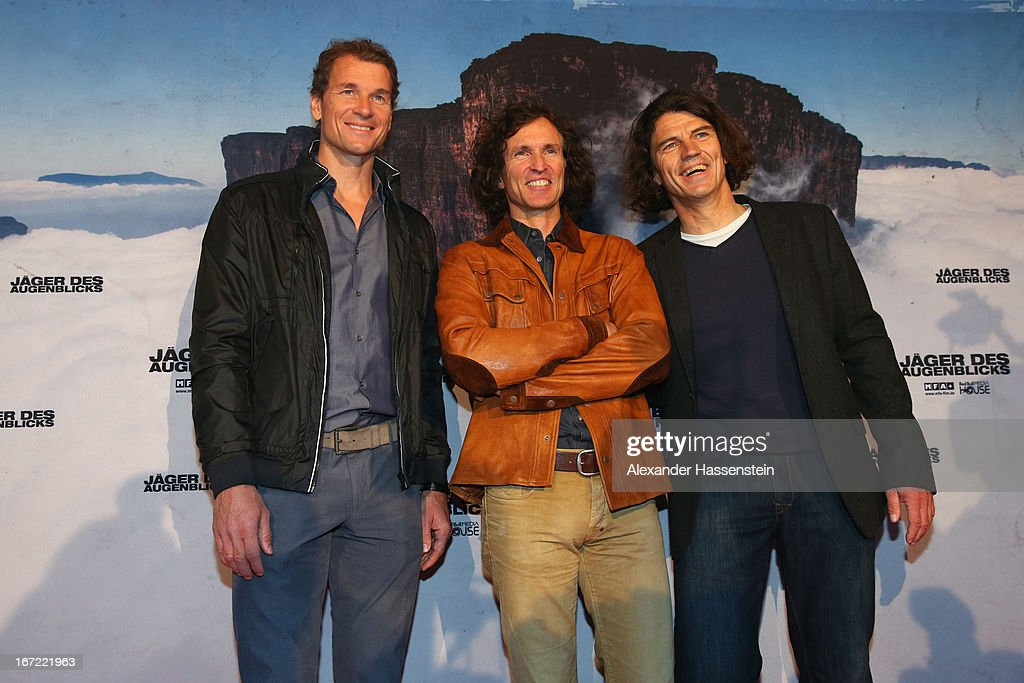 Stefan Glowacz (C) attends with Holger Heuber (R) and Jens Lehmann the 'Jaeger des Augenblicks' World premiere at City Kino on April 22, 2013 in Munich, Germany. The adventure movie with climbing star Stefan Glowacz starts on April 25, 2013 in cinemas across Germany.