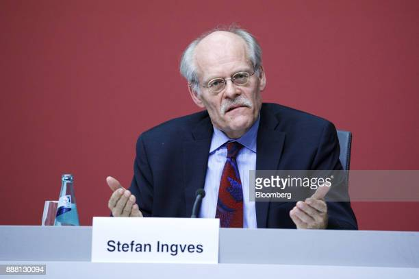 Stefan Ingves governor of the Sveriges Riksbank and chairman of the Basel Committee gestures during a Basel III capital rules news conference at the...