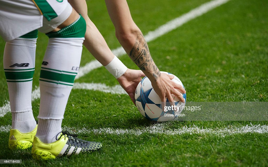 Stefan Johansen places the ball for a corner for Celtic during the UEFA Champions League Qualifying play off first leg match between Celtic FC and...