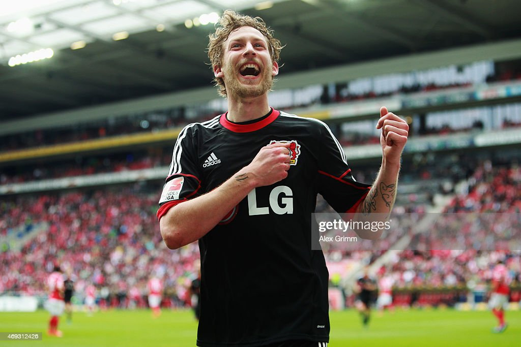 Stefan Kiessling of Leverkusen celebrates his team's second goal during the Bundesliga match between 1 FSV Mainz 05 and Bayer 04 Leverkusen at Coface...