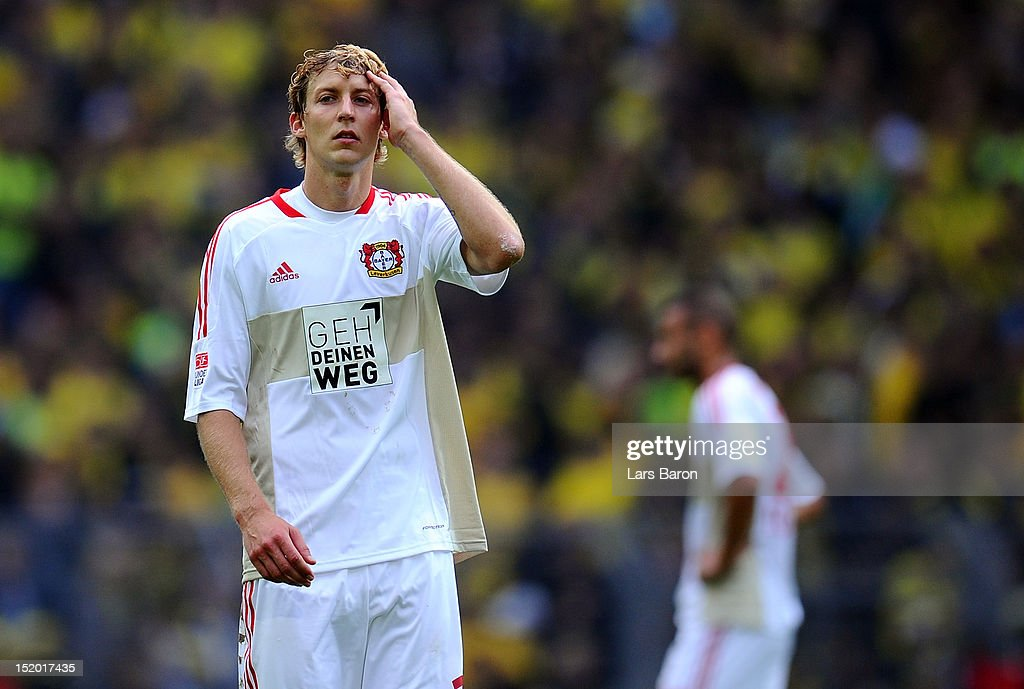 <a gi-track='captionPersonalityLinkClicked' href=/galleries/search?phrase=Stefan+Kiessling&family=editorial&specificpeople=605405 ng-click='$event.stopPropagation()'>Stefan Kiessling</a> of Leverkusen looks dejected after losing the Bundesliga match between Borussia Dortmund and Bayer 04 Leverkusen at Signal Iduna Park on September 15, 2012 in Dortmund, Germany.