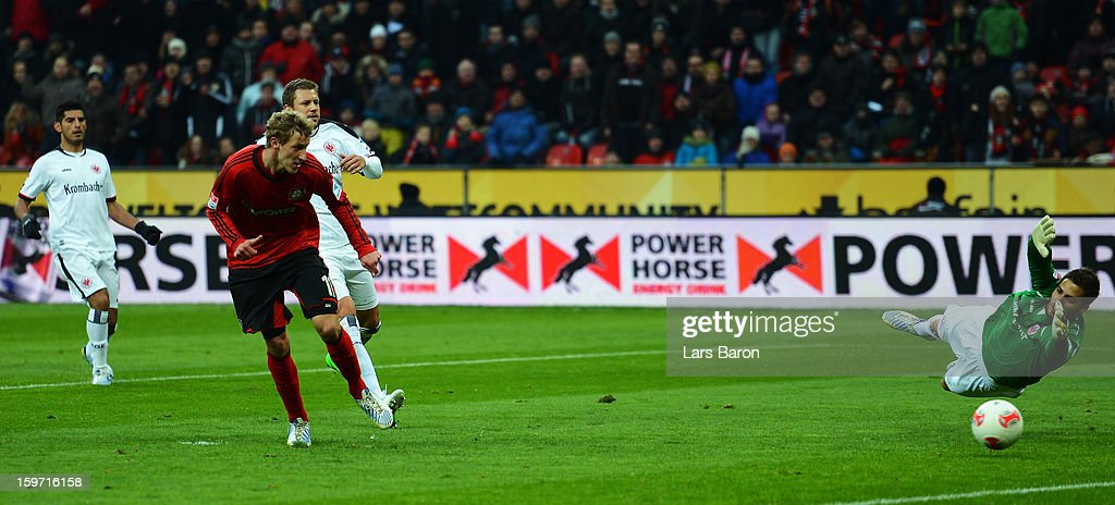 <a gi-track='captionPersonalityLinkClicked' href=/galleries/search?phrase=Stefan+Kiessling&family=editorial&specificpeople=605405 ng-click='$event.stopPropagation()'>Stefan Kiessling</a> of Leverkusen scores his teams second goal during the Bundesliga match between Bayer 04 Leverkusen and Eintracht Frankfurt at BayArena on January 19, 2013 in Leverkusen, Germany.
