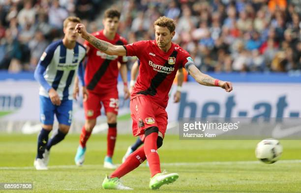 Stefan Kiessling of Leverkusen scores the fourth goal after penalty during the Bundesliga match between Hertha BSC and Bayer 04 Leverkusen at...