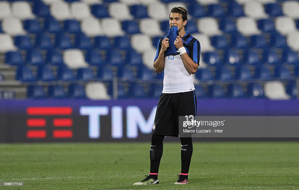 Stefan Razvan Popa of FC Internazionale show his dejection at the end of the juvenile playoff match between FC Internazionale and AS Roma at Mapei Stadium - Citta' del Tricolore on May 31, 2016 in Reggio nell'Emilia, Italy.