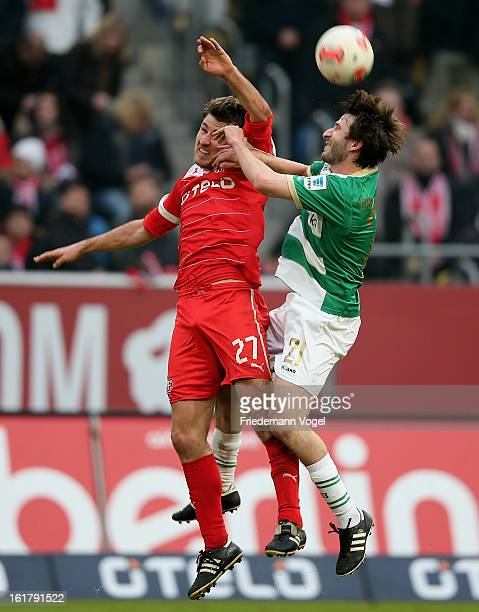 Stefan Reisinger of Duesseldorf and Robert Zillner of Fuerth battle for the ball during the Bundesliga match between Fortuna Duesseldorf 1895 and...