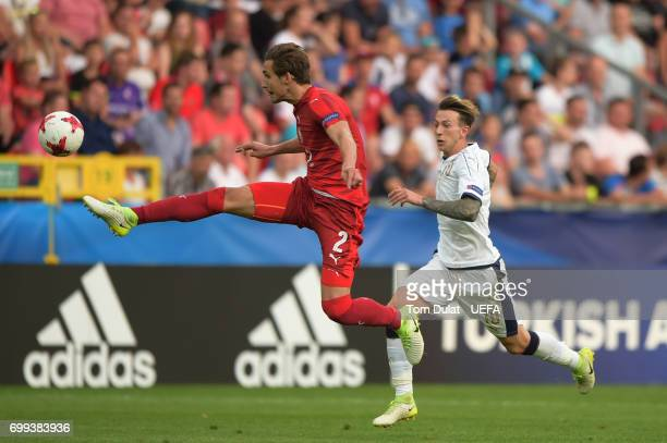 Stefan Simic of Czech Republic controls the ball during the UEFA European Under21 Championship Group C match between Czech Republic and Italy at...