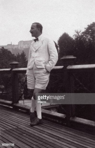 Stefan Zweig austrian author on the terrace of his house at Kapuzinerberg Salzburg Photograph Around 1930 [Stefan Zweig sterr Schriftsteller auf der...