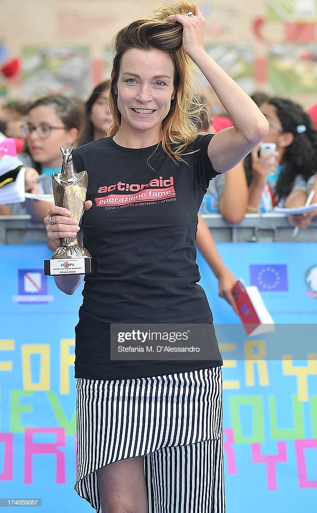Stefania Rocca poses with the Giffoni Award during the 2013 Giffoni Film Festival on July 19, 2013 in Giffoni Valle Piana, Italy.