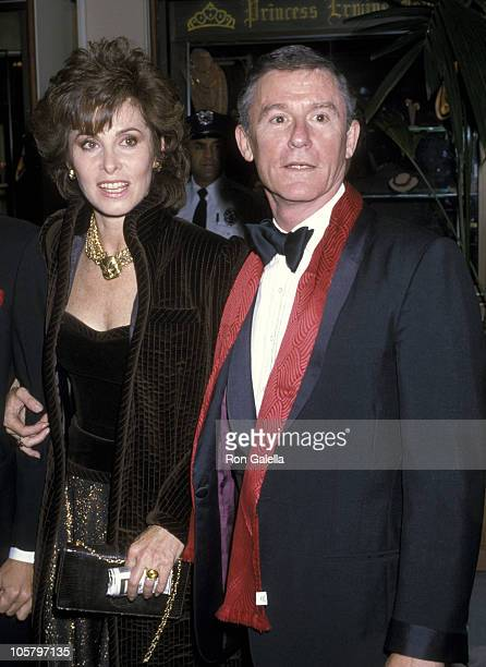 Stefanie Powers and Roddy McDowall during UCLA Honors Fred MacMurray November 7 1986 at Beverly Hilton Hotel in Beverly Hills California United States