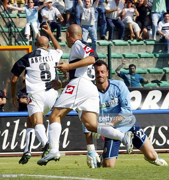 Stefano Argilli of Siena celebrates scoring the winning goal during the Serie A match between Siena and Atalanta at the Comunale Artemio Franchi...
