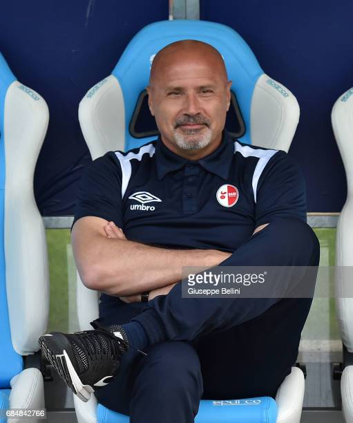 Stefano Colantuono head coach of FC Bari prior the Serie B match between SPAL and FC Bari at Stadio Paolo Mazza on May 18 2017 in Ferrara Italy