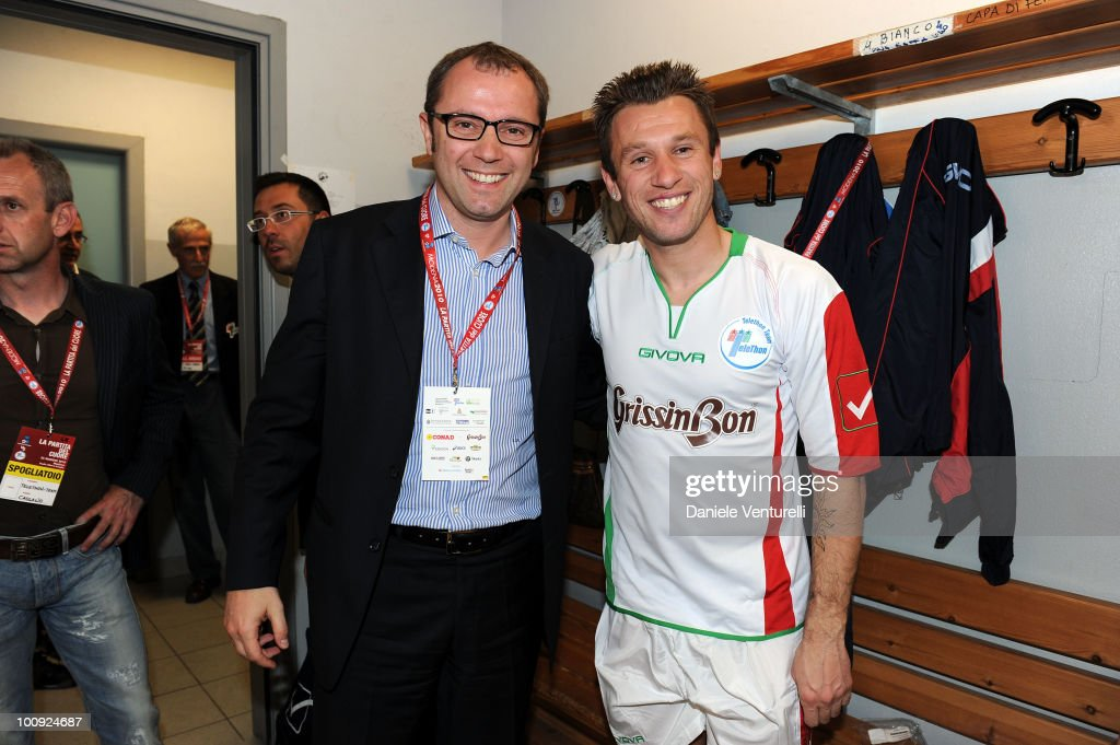 ACCESS** <a gi-track='captionPersonalityLinkClicked' href=/galleries/search?phrase=Stefano+Domenicali&family=editorial&specificpeople=544864 ng-click='$event.stopPropagation()'>Stefano Domenicali</a> (L) and <a gi-track='captionPersonalityLinkClicked' href=/galleries/search?phrase=Antonio+Cassano&family=editorial&specificpeople=214558 ng-click='$event.stopPropagation()'>Antonio Cassano</a> attend the XIX Partita Del Cuore charity football game at on May 25, 2010 in Modena, Italy.