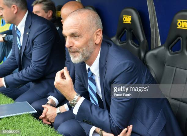 Stefano Pioli head coach of Inter during the Serie A match between Genoa CFC and FC Internazionale at Stadio Luigi Ferraris on May 7 2017 in Genoa...