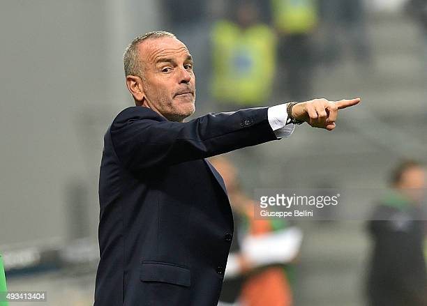 Stefano Pioli head coach of Lazio during the Serie A match between US Sassuolo Calcio and SS Lazio at Mapei Stadium Citta del Tricolore on October 18...