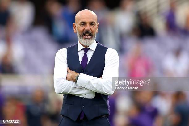 Stefano Pioli manager of ACF Fiorentina looks on during the Serie A match between ACF Fiorentina and Bologna FC at Stadio Artemio Franchi on...