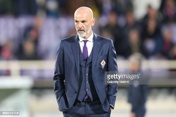 Stefano Pioli manager of AFC Fiorentina gestures during the Serie A match between ACF Fiorentina and Torino FC at Stadio Artemio Franchi on October...
