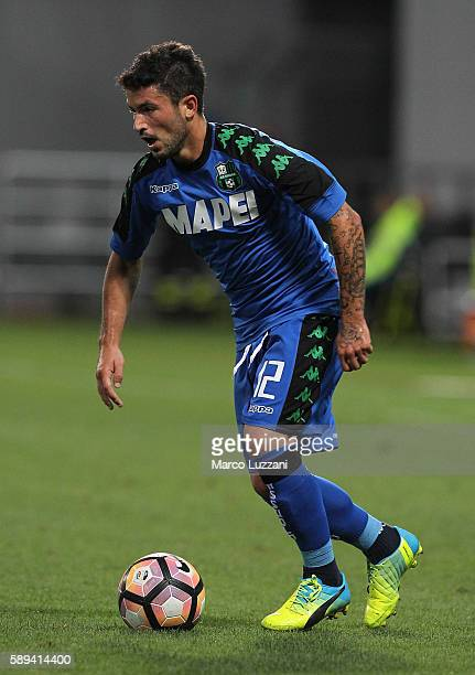 Stefano Sensi of US Sassuolo Calcio in action during the TIM Preseason Tournament at Mapei Stadium Citta' del Tricolore on August 10 2016 in Reggio...