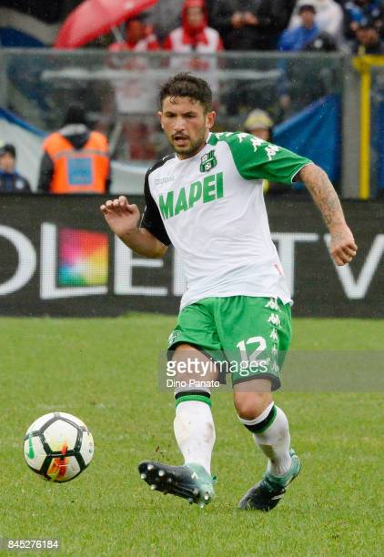 Stefano Sensi of Us Sassuolo in action during the Serie A match between Atalanta BC and US Sassuolo at Stadio Atleti Azzurri d'Italia on September 10...