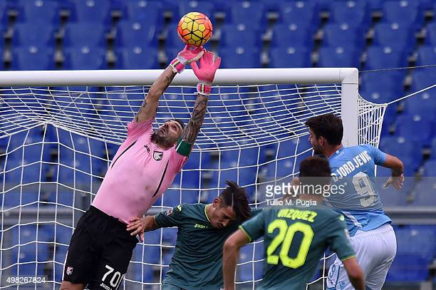 Stefano Sorrentino goalkeeper of Palermo in action during the Serie A match between SS Lazio and US Citta di Palermo at Stadio Olimpico on November...