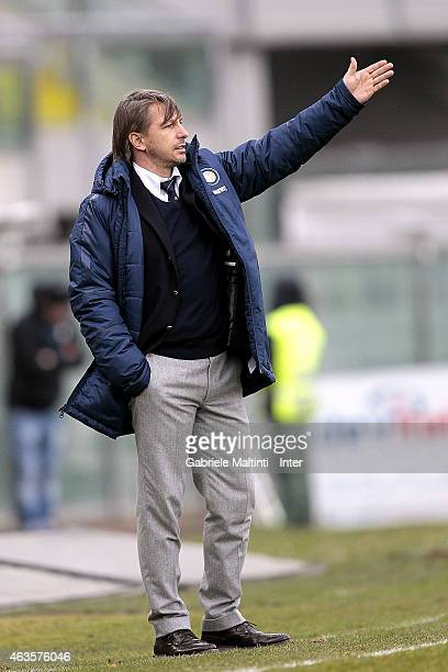 Stefano Vecchi manager of FC Internazionale gives instructions during the Viareggio Juvenile Cup on February 16 2015 in Viareggio Italy