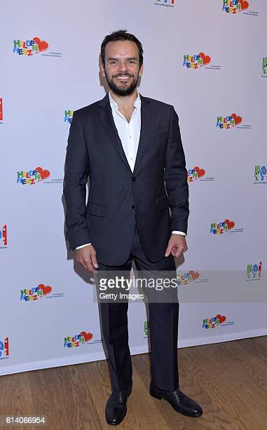 Steffen Henssler attends the 'Heldenherz Kinderschutzpreis' at Hotel Louis C Jacob on October 11 2016 in Hamburg Germany